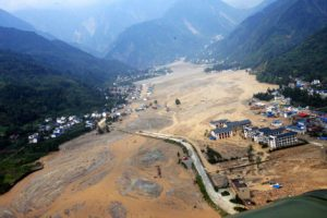 Earthquakes in the Himalayas regularly cause landslides that block rivers (Image by Yang Yong).