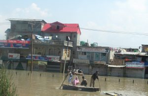 Effect of the September 2014 floods in Srinagar, the summer capital of Jammu and Kashmir (Image by Athar Parvaiz)