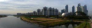 Songdo Lake Park [image by G43/Wikipedia]