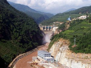 Small hydro dam projects, like this one in Yunnan province, are being closed down in a bid to reduce overcapacity (Image by baike)
