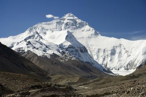 The north face of Mount Everest as seen from the Qinghai-Tibet Plateau [image by: Luca Galuzzi]