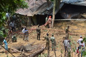 The army has called off its search and rescue operation, but the fire service personnel are still continuing as many people are still missing [image by: Fazle Elahi]