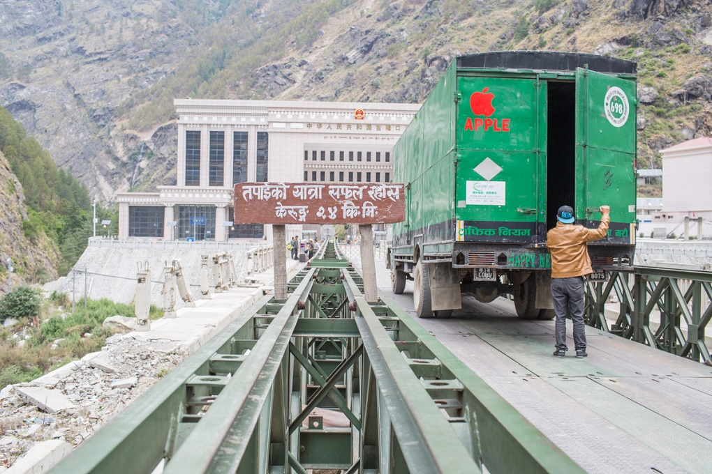 A truck preparing to enter into China at Nepal's border to Tibet in Rasuwagadhi [image by: Nabin Baral]