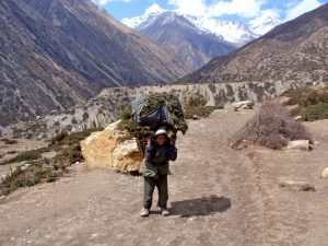 Climate change increases women's burdens in the Hindu Kush Himalayas [image by: Jo Simon]