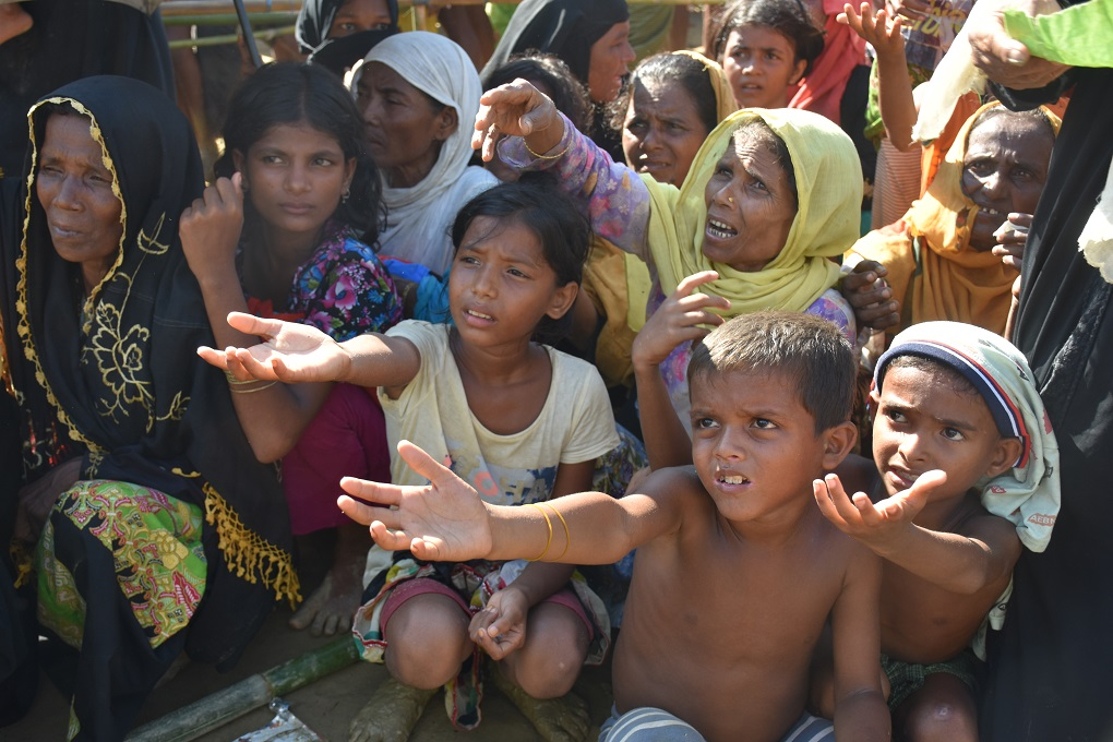 Women and children are the main sufferers of this huge crisis. Among the Rohingya refugees, 53% are women and girls, 4% are over 60 and 29% are under five. They are suffering from diarrhoea, malnutrition and pneumonia [image by: Zobaidur Rahman]