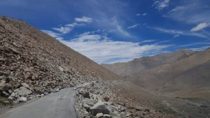 Ladakh is a cold desert, which makes farming difficult due to its arid climate. It leaves farmers with limited options [image by: Hridayesh Joshi]