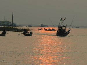 A traditional Hilsa fishing boat is on its way to the harbour after a day's catch in Bhola [image by: Mohammad Al Masum Molla]