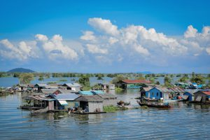 Tonle Sap, Cambodia [image by: Teseum]