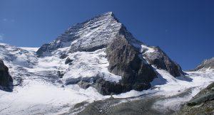 The expanse of Kolahoi Glacier around the 5,425-m-tall peak in Kashmir (Photos courtesy: TERI)