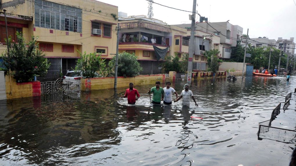 flooded streets during patna flood