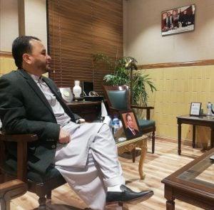 Chief Minister Hafiz Hafeezur Rehman of Gilgit-Baltistan talks to reporters [image by: Peer Muhammad]