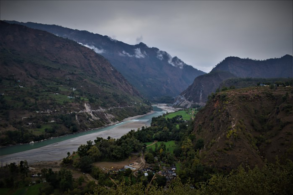 The Mahakali River flowing between Baitadi in Nepal and Pithoragarh in India