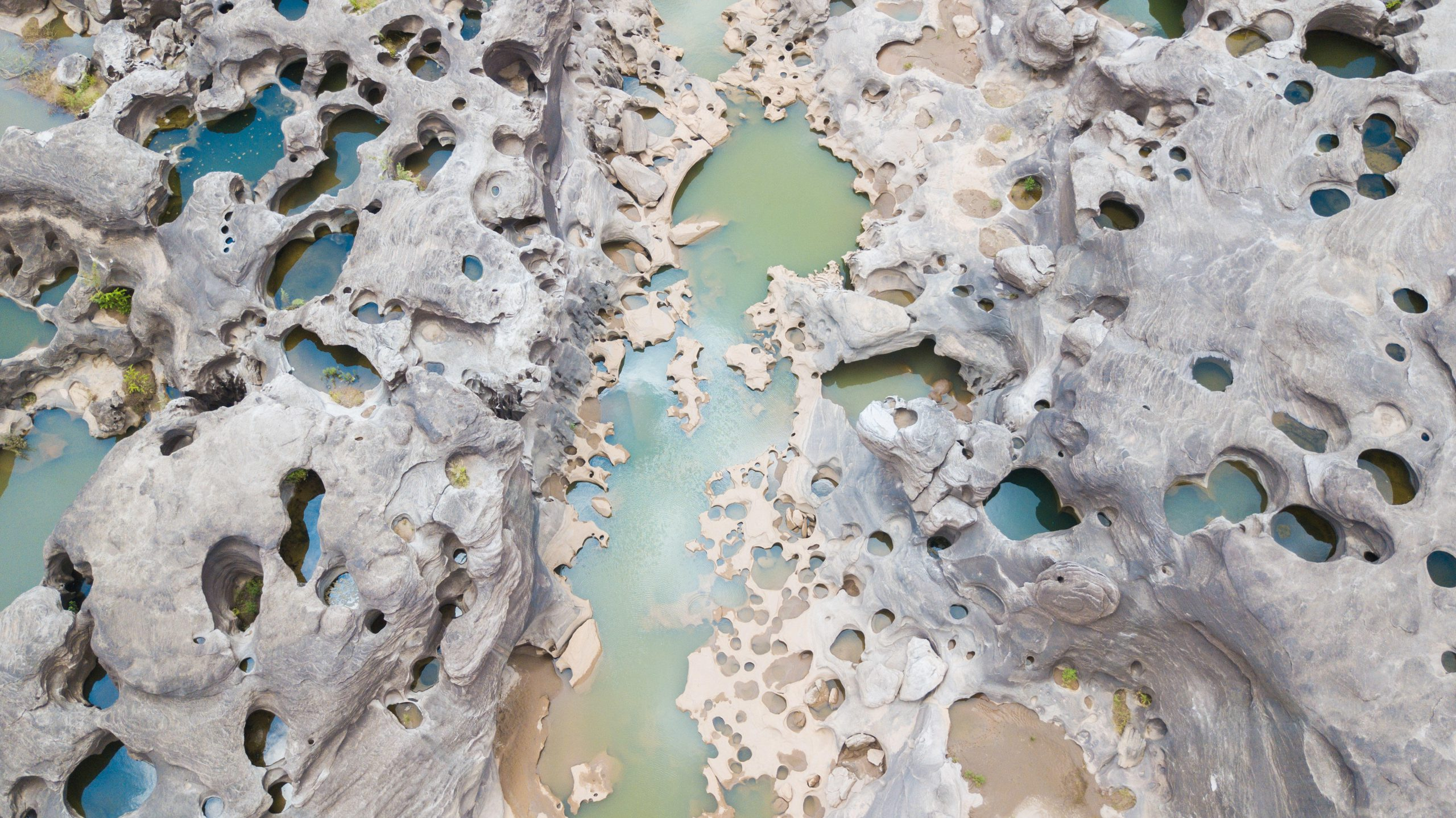 Aerial photo of the Mekong River in Ubon Ratchathani, Thailand during the severe drought of 2019. (Credit: Zhang Keren/Xinhua/Alamy)