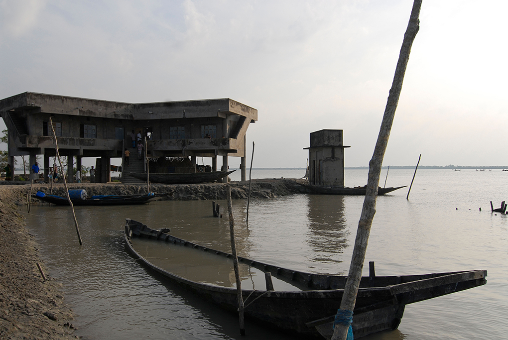 Cyclone shelter at Kalabogi village, in the Khulna division of Bangladesh, close to the Bay of Bengal coast; the shelters are typically built on stilts so that livestock can be housed at the ground level [image by: Alamy]