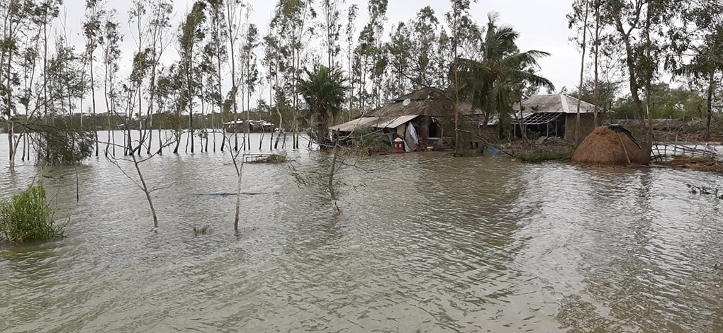 Satjelia homes submerged by Amphan [image by: Gopal Mondal]