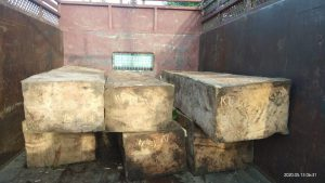 Timber recovered from smugglers by the forest department at Beerwah, Tangmarg division of Central Circle (Central Kashmir) during the lockdown [image courtesy: Conservator Central Circle, Zubair Ahmad]