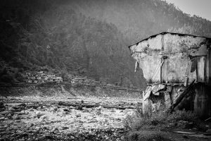 Damaged house at Bhagirathi valley near Maneri Bhali hydroelectricity project during the 2013 floods in Uttarakhand [All images by: Sumit Mahar]