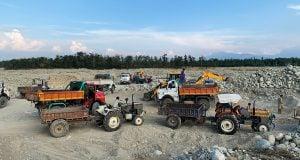 riverbed mining Kashmir Shabir Bhat