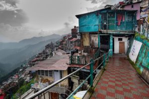What distance is possible in places like Ganj Road, Shimla, Himachal Pradesh? [image: Alamy]