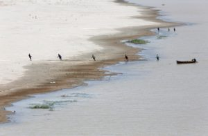 Fishers on the Indus River, Hyderabad, Pakistan