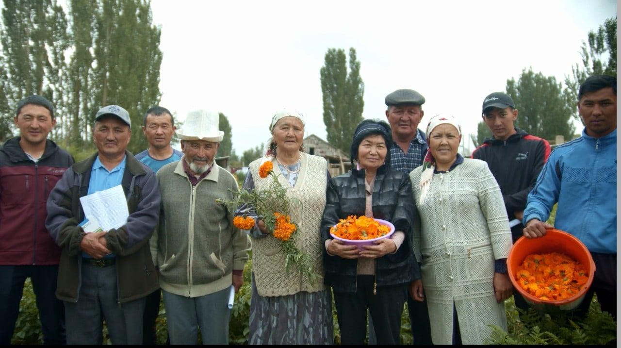 Bio-KG-certified organic farmers with their produce, Kyrgyzstan, UNDP